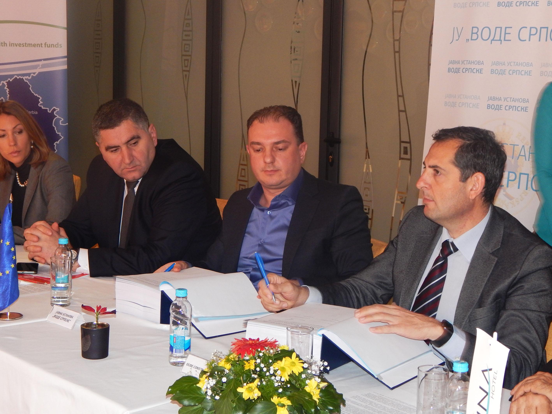 Потписан уговор за санацију црпних станица уз ријеку Саву