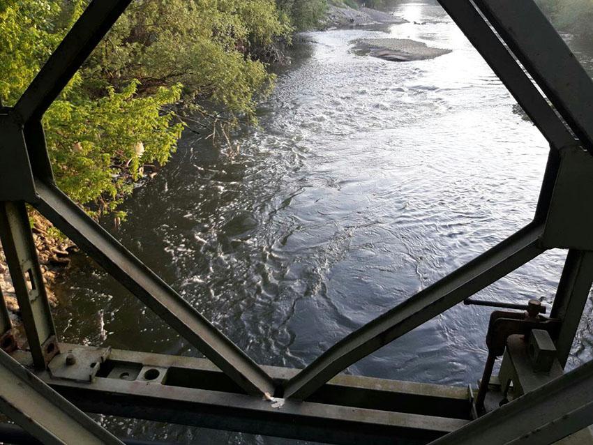 Упозорење: Загађење ријеке Спрече стиже на подручје Добоја у ријеку Босну!