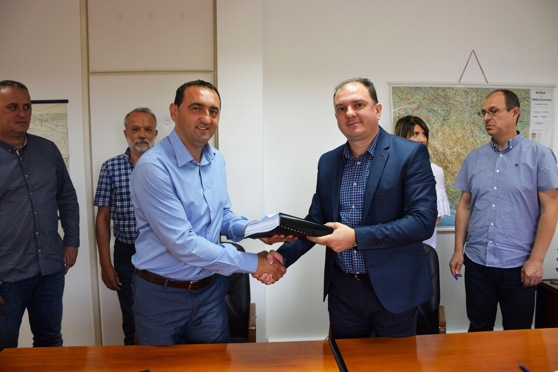 Потписан уговор за уређење канала Дашница у Бијељини: Ускоро почињу радови