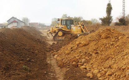Настављена изградња насипа на ријеци Сани у Приједору