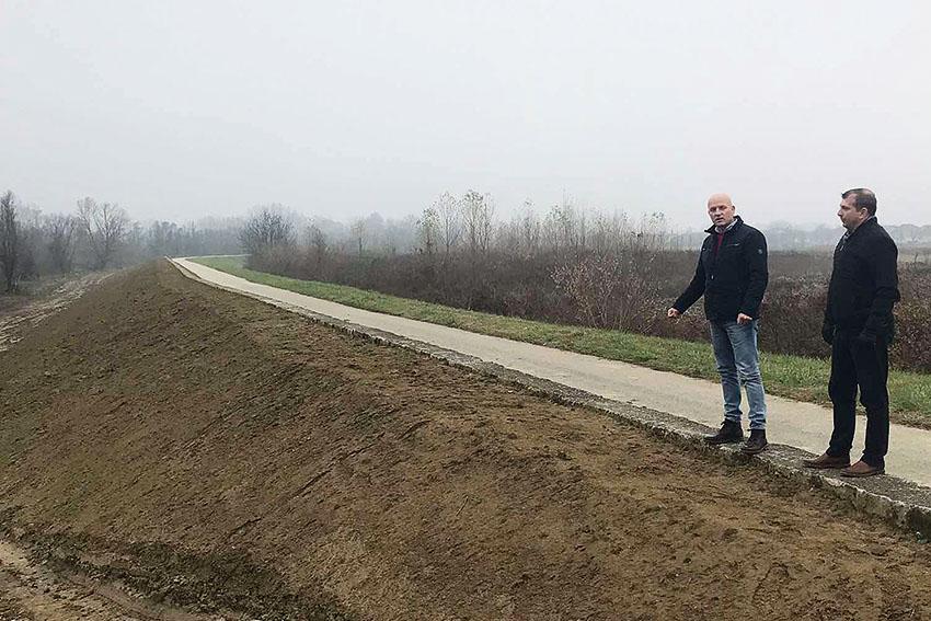 """Побољшање система одбране од поплава у поплавном подручју """"Ивањско поље"""" Брод"""